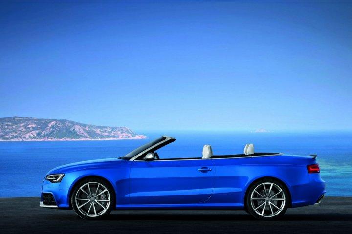 Audi RS5 Cabrio Lato