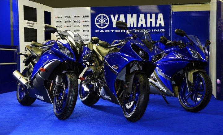yamaha-race-blu-series-2013_4