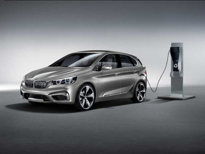 BMW-Concept-Active-Tourer-Plug-In