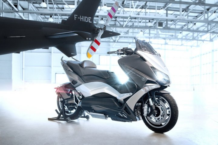 yamaha-tmax-530-hyper-modified-by-ludovic-lazareth