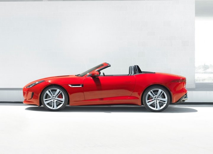 jaguar-f-type-laterale