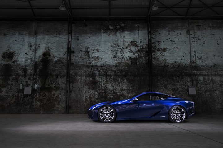Lexus-LF-LC-Blue-Lato