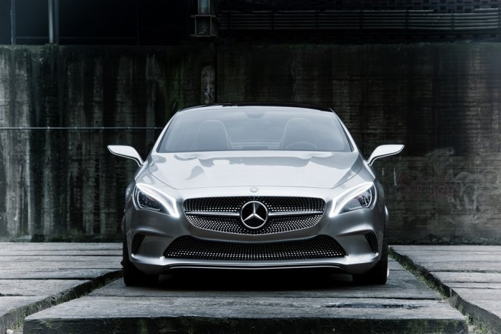 mercedes-benz-concept-style-coupe-fronte