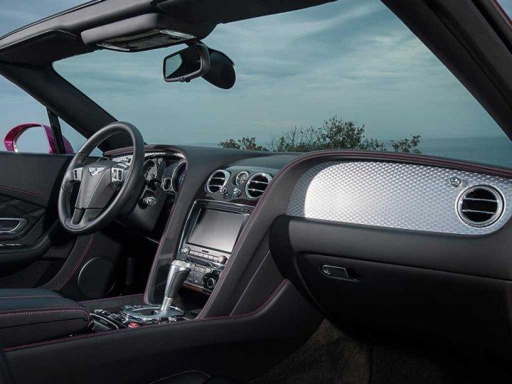 Bentley-Continental-GT-Speed-Convertible-Interni