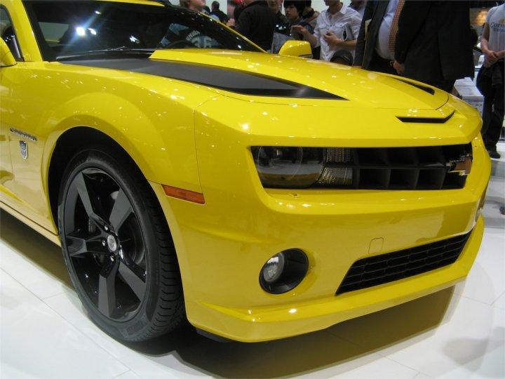 chevrolet-camaro-transformers-anteriore-destro