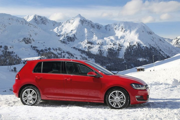 volkswagen-golf-4motion-laterale