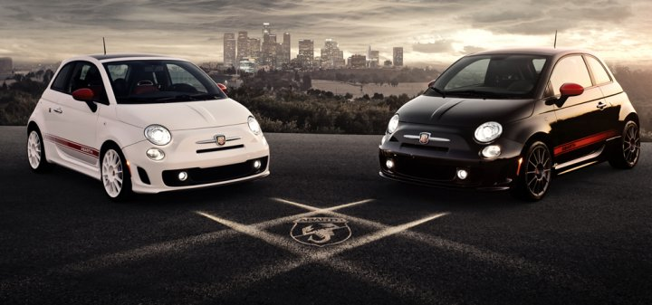 fiat-500-abarth-black-and-white