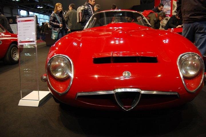 Alfa-Romeo-Giulia-TZ-Davanti