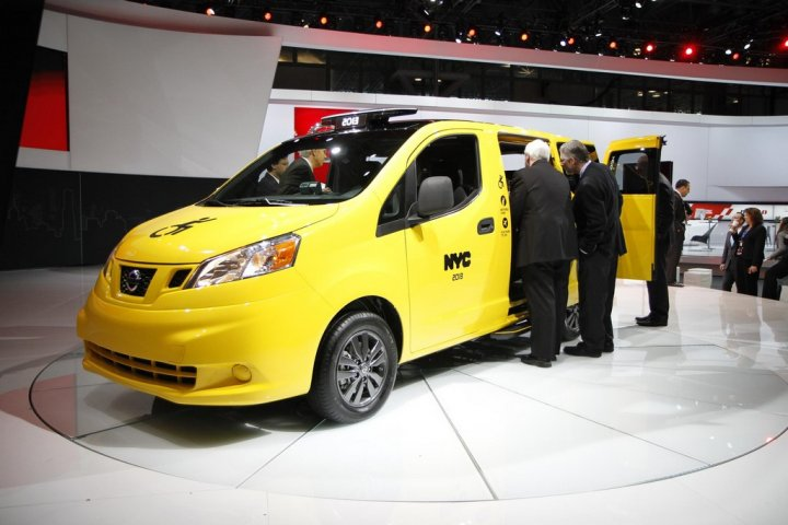 nissan-nv200-taxi-accessibile-lato