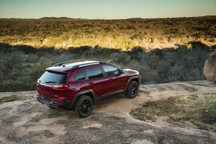 jeep-nuovo-cherokee-alto