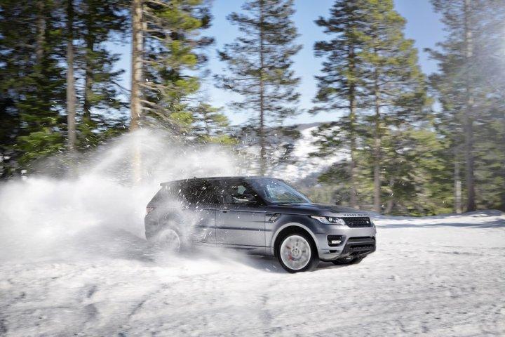 nuovo-range-rover-sport-neve