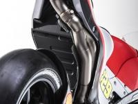 Ducati-MotGP-Team-2015-1