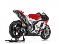 Ducati-MotGP-Team-2015-Dovizioso-2