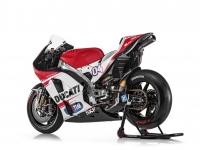 Ducati-MotGP-Team-2015-Dovizioso-4