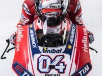 Ducati-MotGP-Team-2015-Dovizioso-6