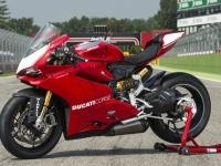 Ducati-Panigale-R-3