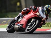 Ducati-Panigale-R-Chaz-Davies-2