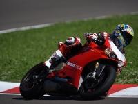 Ducati-Panigale-R-Chaz-Davies-4