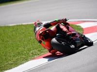 Ducati-Panigale-R-Davide-Giugliano-3