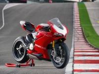 Ducati-Panigale-R-Fronte-Laterale-Destro