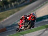 Ducati-Panigale-R-in-Pista-11