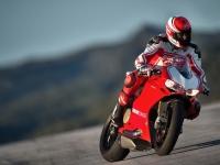 Ducati-Panigale-R-in-Pista-5