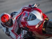 Ducati-Panigale-R-in-Pista-6