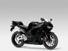 honda-cbr600rr-black-tre-quarti-anteriore