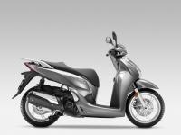 Honda-SH300i-ABS-2015-Moondust-Silver-Metallic