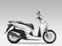 Honda-SH300i-ABS-2015-Pearl-Cool-White-2