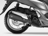Honda-SH300i-ABS-2015-Scarico