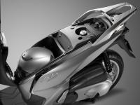 Honda-SH300i-ABS-2015-Sottosella