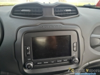 Jeep-Renegade-Limited-Display