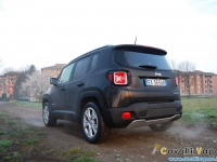 Jeep-Renegade-Limited-Tre-Quarti-Posteriore-Alba