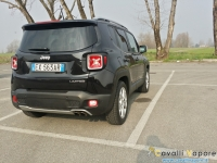 Jeep-Renegade-Limited-Tre-Quarti-Posteriore