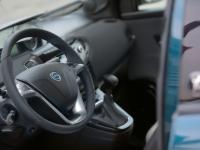 Lancia-Ypsilon-30th-Anniversary-Volante
