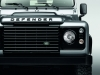 land-rover-defender-black-pack-davanti
