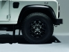 land-rover-defender-black-pack-ruota