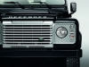 land-rover-defender-silver-pack-davanti