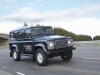 land-rover-defender-elettrico-tre-quarti