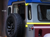 Land-Rover-Defender-Paul-Smith-4
