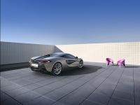 McLaren-570S-11
