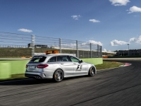 Meredes-AMG-Safety-Car-F1-2015-4