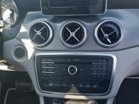 Mercedes-CLA-Shooting-Brake-Console-Centrale