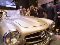 Mercedes-me-Store-12