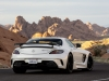 Mercedes-SLS-AMG-Black-Series-White-Dietro