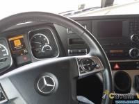 Mercedes-Actros-11