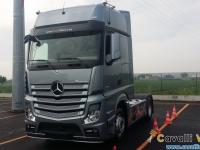 Mercedes-Actros-5