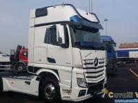 Mercedes-Actros-Rivale-2