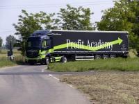 Mercedes-Profit-Academy-12